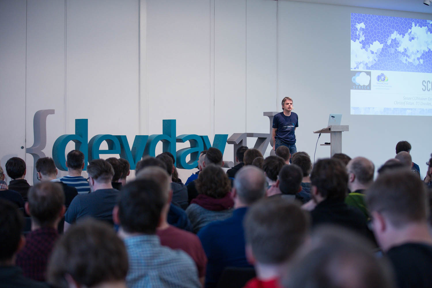 Secure Containers (SCONE) Presented at DevDays 2017, 4th April, Dresden